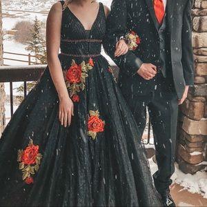 Sherri Hill Prom Dress- Black Lace & Red Roses